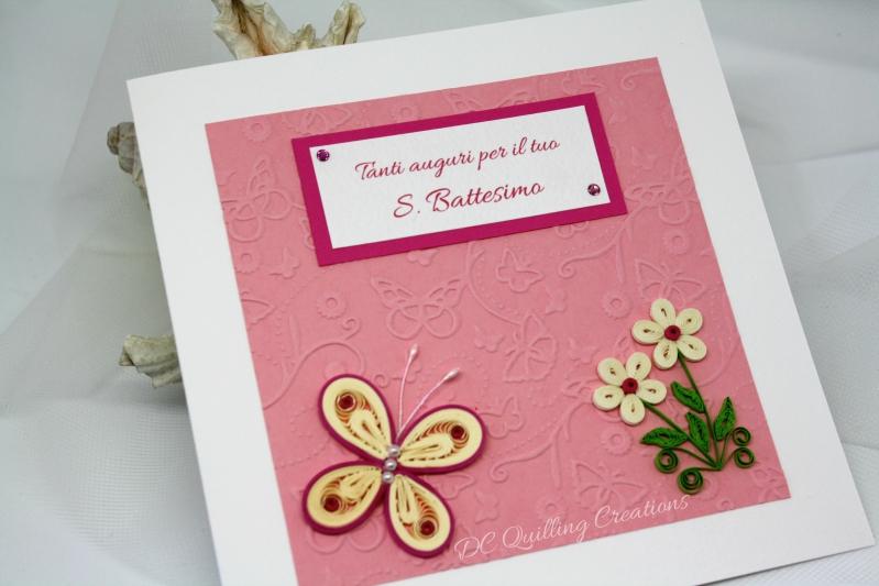 Biglietto d'auguri Battesimo Bimba con farfalla e fiorellini in filigrana di carta