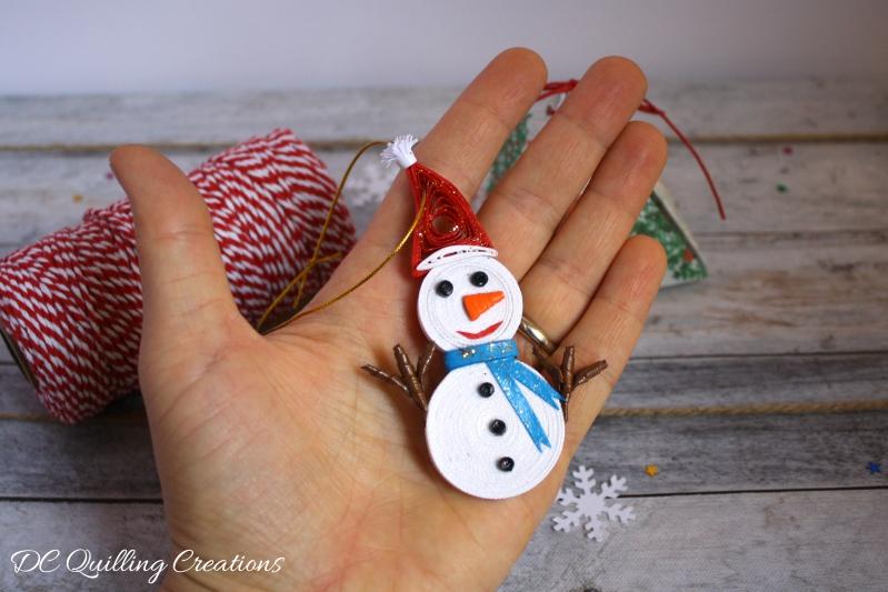 decorazioni natalizie pupazzi di neve in quilling
