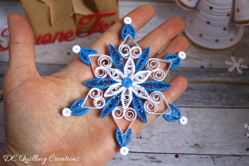fiocco di neve addobbo natalizio in quilling