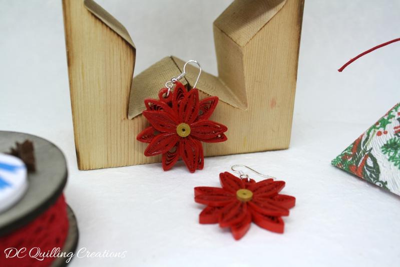 idee regalo Natale per amiche orecchini quilling